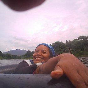 Magy flotando en el Río Don Diego